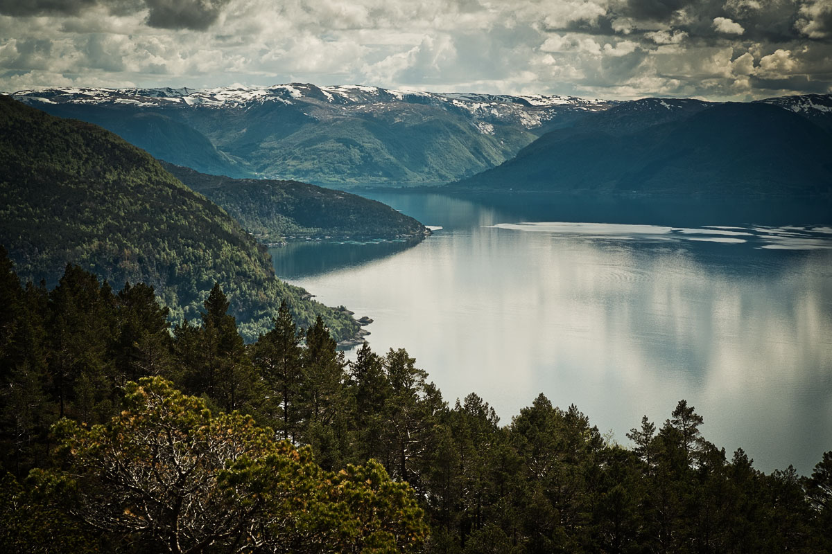 """Featured image for """"Hiking in Norway"""""""